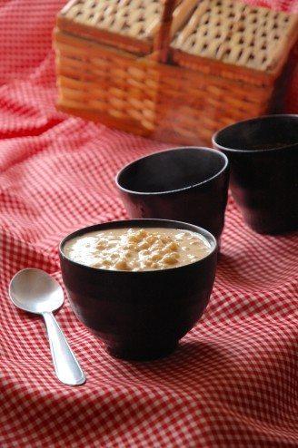 canjica com amendoim e doce de leite