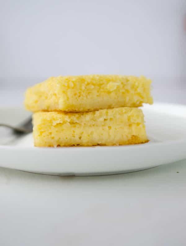 receita de bolo queijadinha facil de liquidificador - bolo mole de queijo e coco